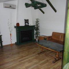 Гостиница Околица комната для гостей