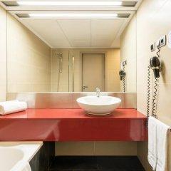 Отель ILUNION Barcelona 4* Стандартный номер с различными типами кроватей фото 22