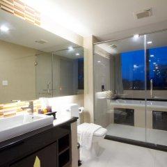 Отель Royal Thai Pavilion Hotel Таиланд, Паттайя - отзывы, цены и фото номеров - забронировать отель Royal Thai Pavilion Hotel онлайн ванная