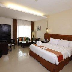 Отель Best Western Resort Kuta 3* Улучшенный номер с различными типами кроватей