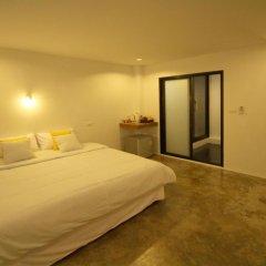 Отель Mbed Phuket Пхукет комната для гостей фото 5
