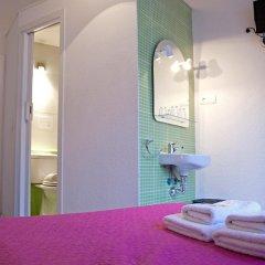 Отель Hostal Besaya Стандартный номер с двуспальной кроватью фото 4