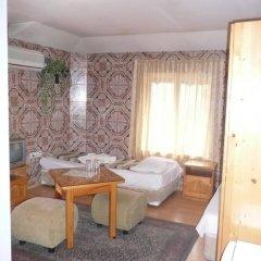 Shans 2 Hostel Стандартный номер с 2 отдельными кроватями фото 29
