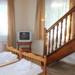 Отель Strakova House 3* Люкс фото 4