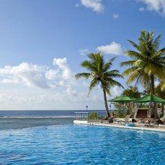 Отель Guam Reef США, Тамунинг - отзывы, цены и фото номеров - забронировать отель Guam Reef онлайн бассейн фото 2