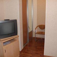 Лукоморье Мини - Отель Стандартный номер с двуспальной кроватью фото 10