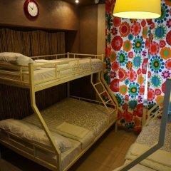 Hostel Berloga Кровать в общем номере с двухъярусной кроватью фото 5