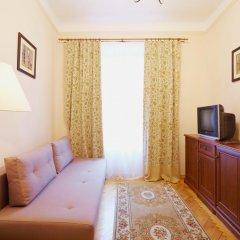Гостиница Pylnykarska 6 комната для гостей фото 5