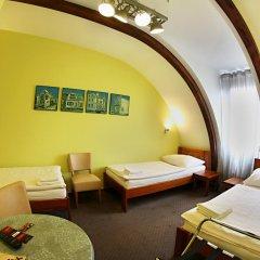 Apart Hotel Jablonec Яблонец-над-Нисой комната для гостей фото 2