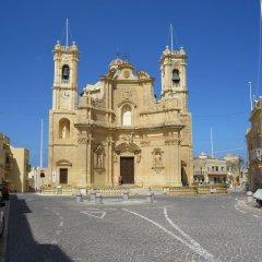 Отель Razzett Ta Pawlu Мальта, Арб - отзывы, цены и фото номеров - забронировать отель Razzett Ta Pawlu онлайн парковка