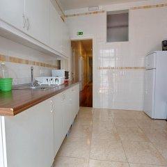 Отель Chalet D Ávila Guest House Лиссабон в номере