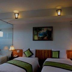 Отель Starfruit Homestay Hoi An 2* Улучшенный номер с различными типами кроватей фото 3
