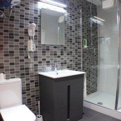 Отель Hostal Falfes ванная фото 2