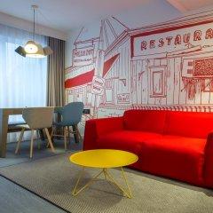 Отель Radisson RED Brussels 4* Люкс с различными типами кроватей фото 6