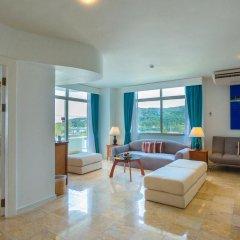 Отель Waterfront Suites Phuket by Centara Люкс с двуспальной кроватью фото 6
