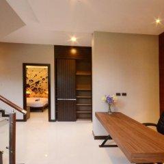Отель AQUA Villas Rawai 4* Стандартный номер с разными типами кроватей фото 11