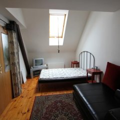 Апартаменты Italska Apartment комната для гостей фото 3