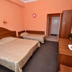 Гостиница Анапский бриз в Анапе 1 отзыв об отеле, цены и фото номеров - забронировать гостиницу Анапский бриз онлайн Анапа комната для гостей