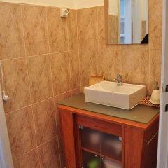 Отель O Bigode do Rato 2* Стандартный номер с 2 отдельными кроватями (общая ванная комната) фото 5