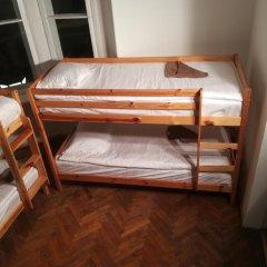 Отель The Penny Outpost Кровать в общем номере с двухъярусными кроватями фото 8