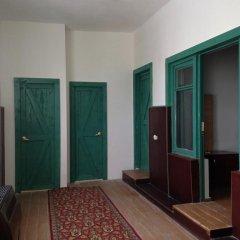 Отель Tegheniq Guesthouse Сагмосаван балкон