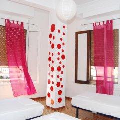 Russafa Youth Hostel Кровать в мужском общем номере фото 4