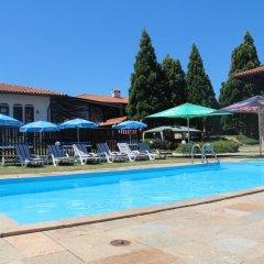 Отель Holiday Village Kedar Болгария, Долна баня - отзывы, цены и фото номеров - забронировать отель Holiday Village Kedar онлайн бассейн фото 2