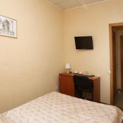 Гостиница Релакс 3* Стандартный номер с двуспальной кроватью фото 13