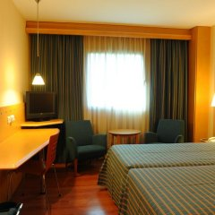 Hotel City Express Santander Parayas 3* Стандартный номер с различными типами кроватей фото 8