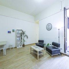 Mamamia Hostel and Guesthouse Кровать в общем номере с двухъярусной кроватью фото 3