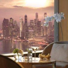 Отель The Ritz-Carlton, Millenia Singapore 5* Люкс Premier с двуспальной кроватью фото 2