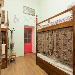 Центро Хостел Кровать в женском общем номере с двухъярусными кроватями фото 3