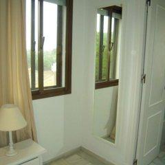 Отель Chalets Con Piscina Испания, Пуэрто Де Санта Мария - отзывы, цены и фото номеров - забронировать отель Chalets Con Piscina онлайн удобства в номере фото 2