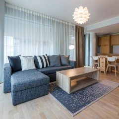 Апартаменты Goodson & Red City Executive Apartments комната для гостей