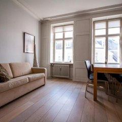 Отель Skindergade Apartment II Дания, Копенгаген - отзывы, цены и фото номеров - забронировать отель Skindergade Apartment II онлайн комната для гостей фото 3