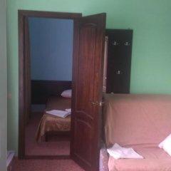Гостевой дом Вера Семейный люкс с 2 отдельными кроватями фото 4