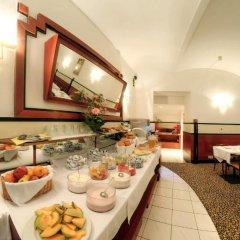 Отель Carlton Opera питание фото 2