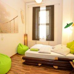Kiez Hostel Berlin Стандартный номер с двуспальной кроватью (общая ванная комната) фото 5