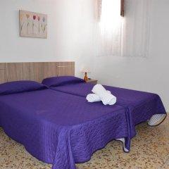 Отель Pensión Eva Стандартный номер с 2 отдельными кроватями (общая ванная комната) фото 15
