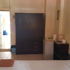 Отель The Nelson Guest House Pattaya удобства в номере