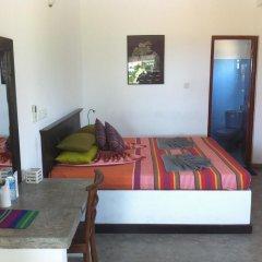 Отель Seagreen Guesthouse Шри-Ланка, Галле - отзывы, цены и фото номеров - забронировать отель Seagreen Guesthouse онлайн комната для гостей