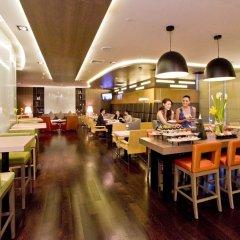 Отель Novotel Bangkok On Siam Square 4* Представительский номер с различными типами кроватей фото 13