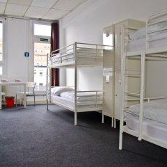 Check In Hostel Berlin Кровать в общем номере с двухъярусной кроватью фото 12
