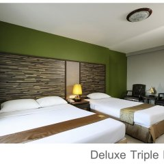Отель Rambuttri Village Inn & Plaza 3* Номер категории Премиум с различными типами кроватей фото 2