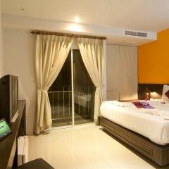 Отель PJ Patong Resortel 3* Улучшенный номер с двуспальной кроватью фото 3