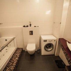 Отель Dzīvoklis Ģertrūdes ielā Латвия, Рига - отзывы, цены и фото номеров - забронировать отель Dzīvoklis Ģertrūdes ielā онлайн ванная фото 2
