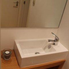 Being Porto Hostel ванная