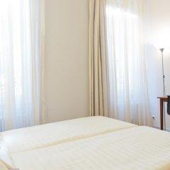 Отель Goldener Schlüssel 3* Стандартный номер с двуспальной кроватью фото 2