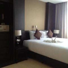 Отель Demeter Residence Suites Bangkok Бангкок сейф в номере