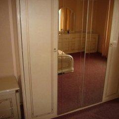 Апартаменты Sala Apartments сейф в номере